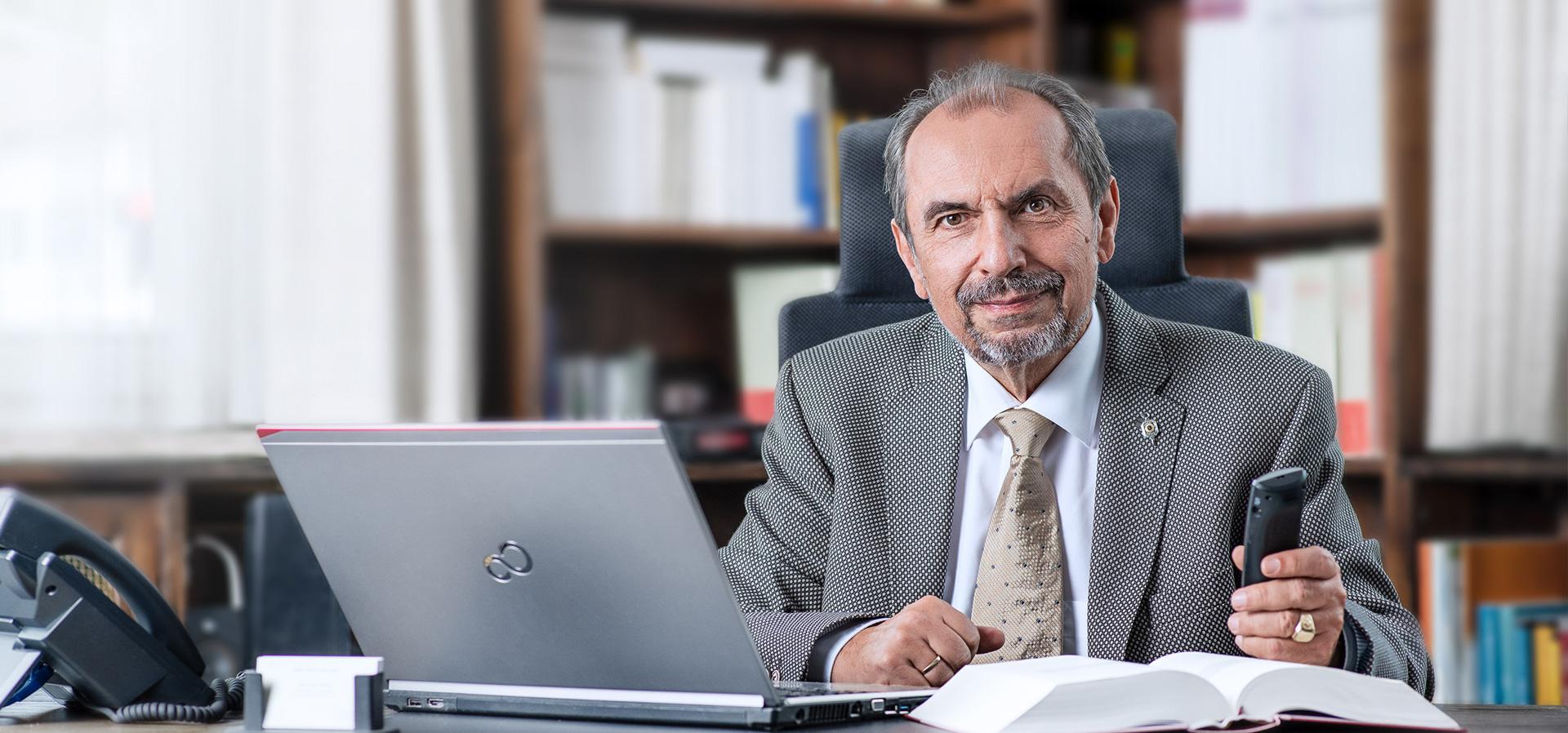 Rechtsanwalt Max Josef Hoesl