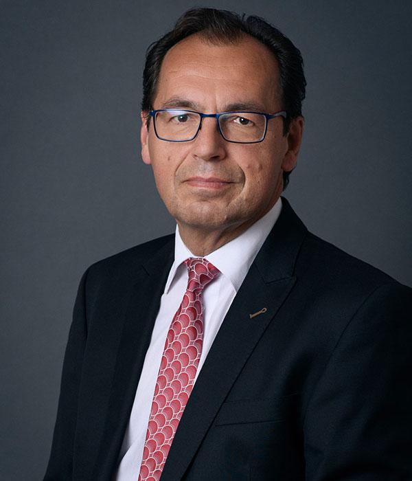 DR. FRIEDRICH E. HÖSL